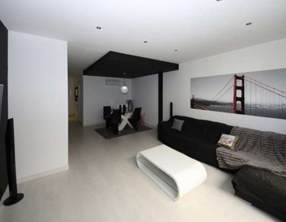 VERY MODERN DESIGNER DUPLEX IN MANACOR