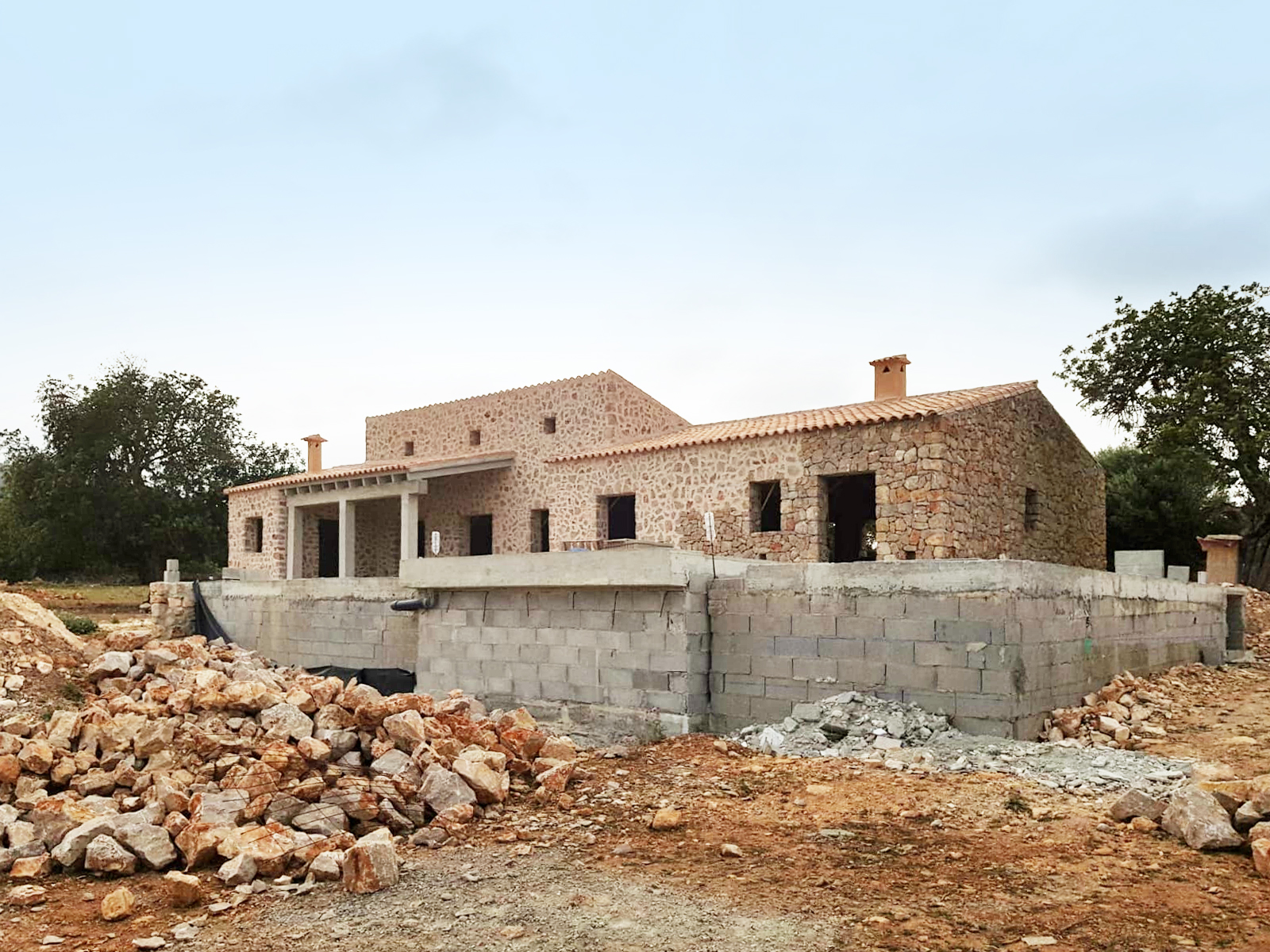 COUNTRY HOUSE WITH RAW CONSTRUCTION PROJECT IN SON NEGRE MANACOR.