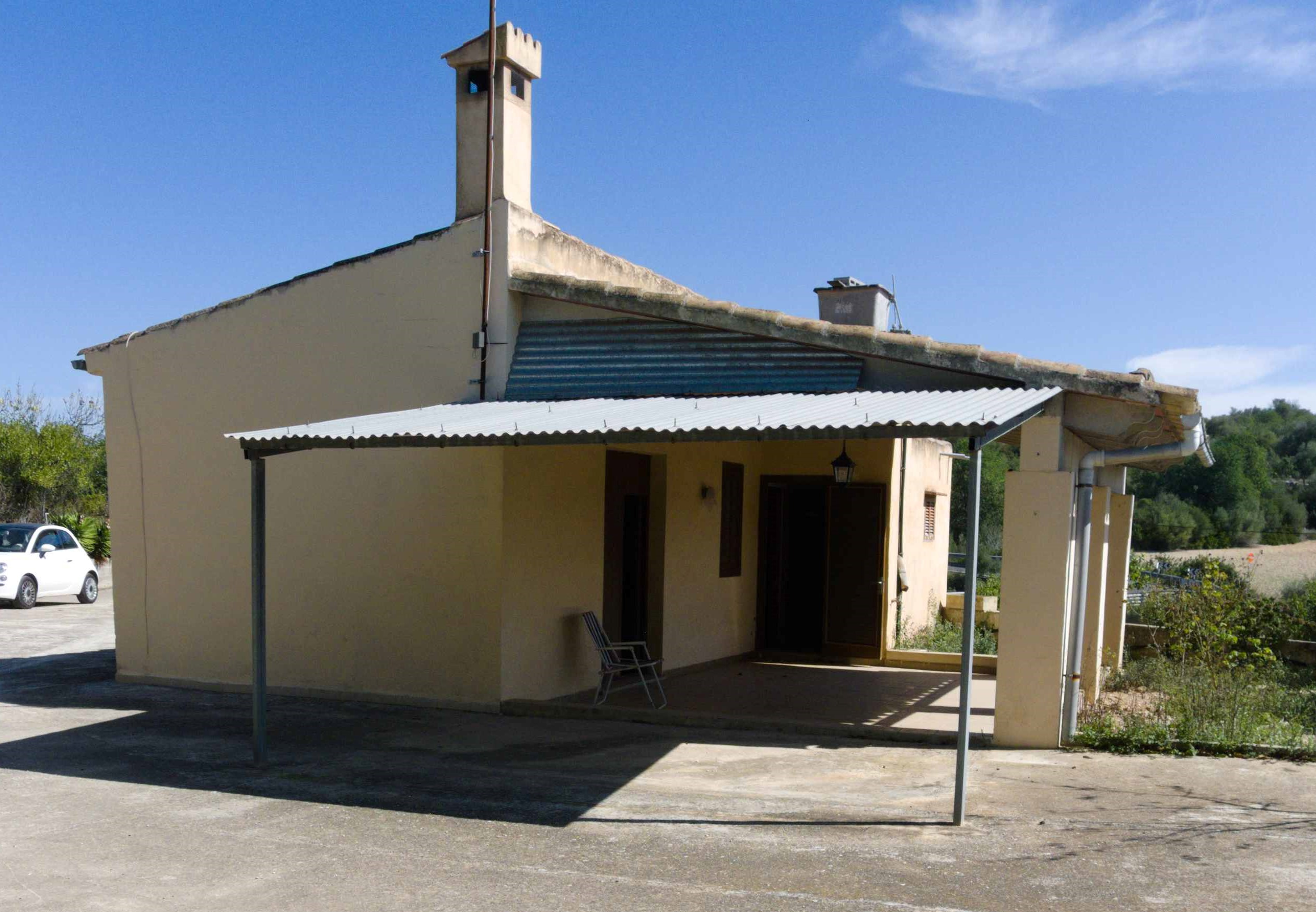 LITTLE COUNTRYHOUSE NEAR MANACOR
