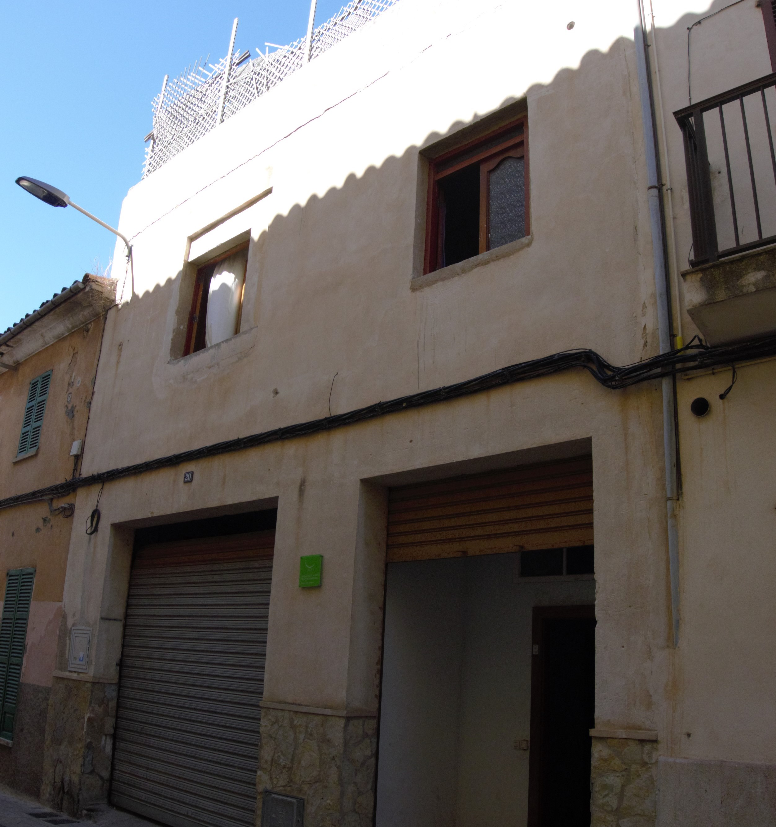 TOWNHOUSE IN THE CENTRE OF MANACOR TO REFURBISH