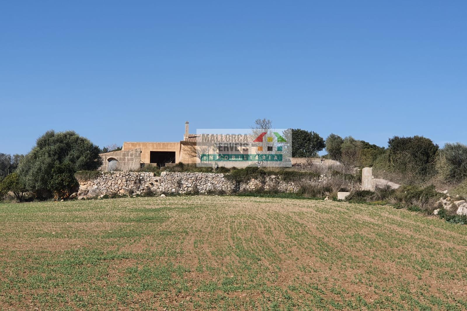 ANTIQUE COUTRYHOUSE TO REFURBISH IN MANACOR